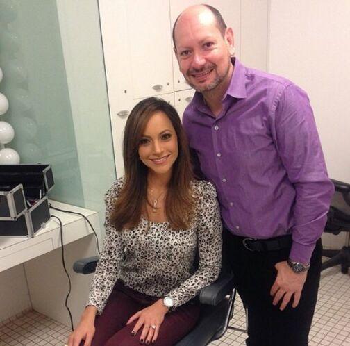 """""""Ya en maquillaje con @pedroabasolo en #Univision45 en #Houston desde do..."""