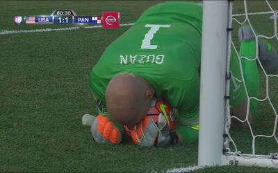 Guzan le roba el gol a Blackburn con un atajadón