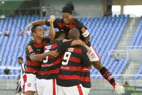 El rival del Flamengo en la final de la semana que viene será el...