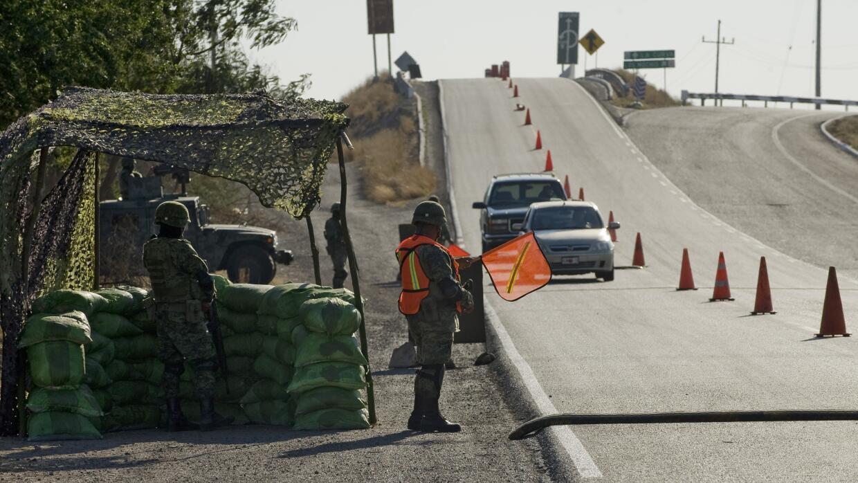 Militares mexicanos tras la pista del Chapo Guzmán
