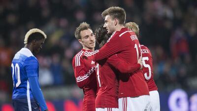 Dinamarca 3-2 Estados Unidos: Bendtner, con triplete, acabó con los homb...