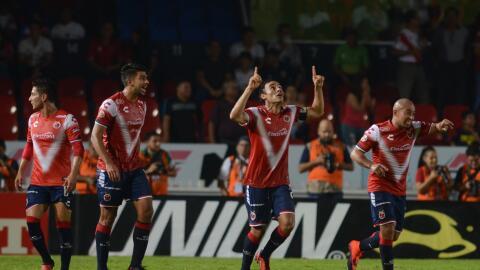 Veracruz festeja el único tanto del partido ante Atlas.