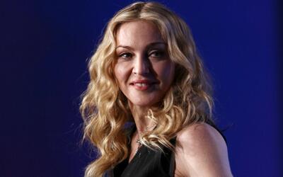 Madonna ofrece sexo oral a fanáticos que voten por Hillary Clinton