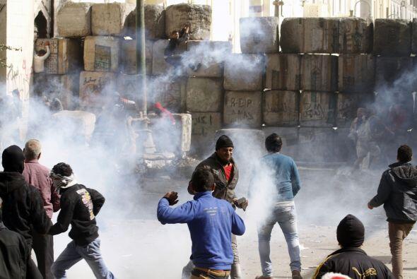 El Ministerio explicó que algunos manifestantes tiraron có...