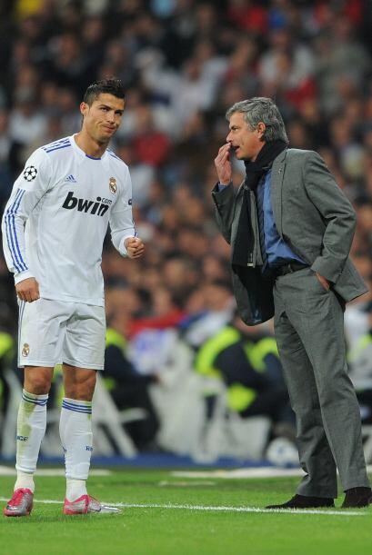 Pese a la ventaja, en más de una ocasión, Cristiano se acercaba a José M...