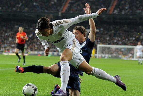 En la segunda parte hicieron tres cambios, dando ingreso a Mesut Özil, K...