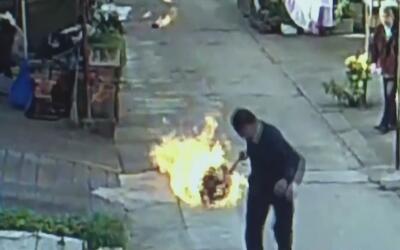 Hombre salva a sus vecinos de morir calcinados