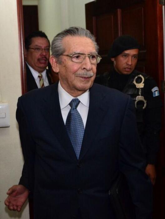 En opinión de Calderón, la acusación del fiscal no es contra su cliente...