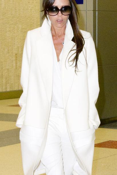 Victoria Beckham parece un angelito. Mira aquí más videos...