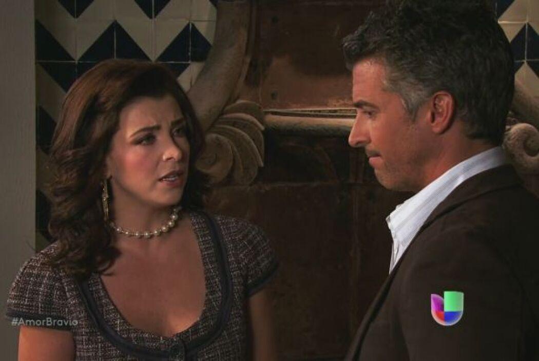 Miriam le dice a Dante que sabe por qué Daniel se ha comportado distante...