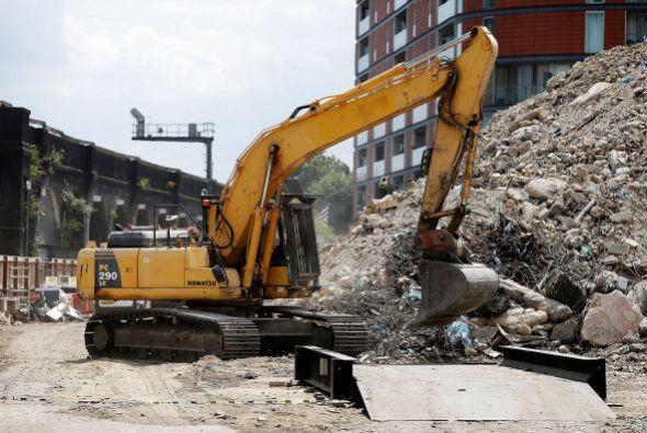 Trabajo de destrucción, demolición y operaciones de desguace de buques.