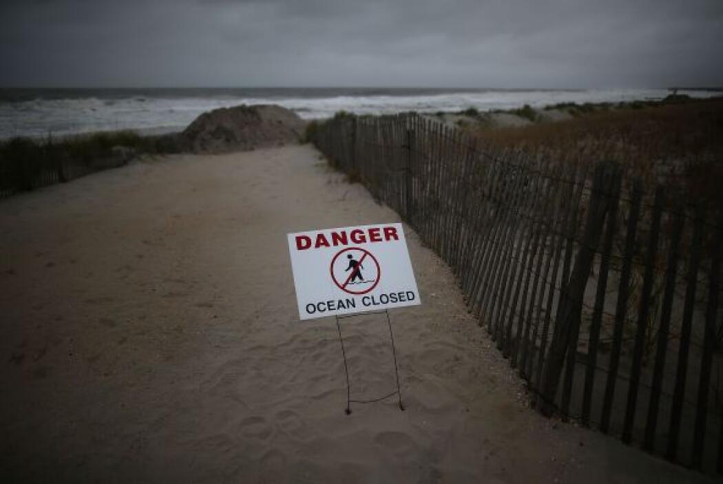 Romney decidió cancelar todos los actos que tenía previstos en Virginia...