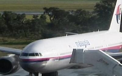 El vuelo 370 de Malaysia Airlines terminó en el Océano Indico, dijo Prim...