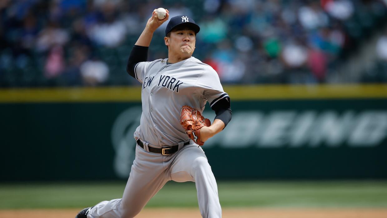 Tanaka (3-1) cumplió su primera apertura en más de un mes...