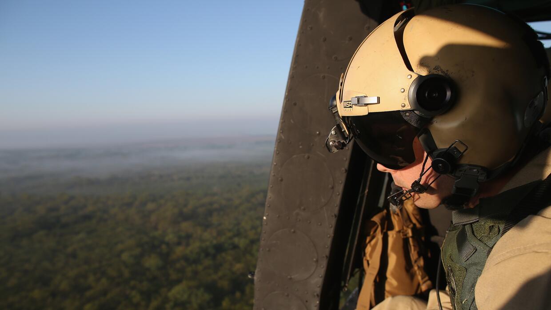 Efectivos en labores de vigilancia en la frontera de Texas con México