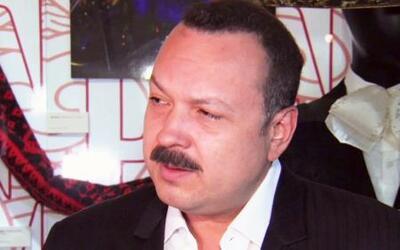 Pepe Aguilar inauguró exposición en el Museo del Grammy