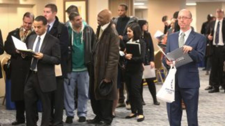 La tasa de desocupación en Estados Unidos en febrero bajó al 7.7%.