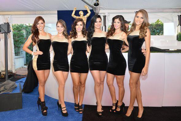 Bellas anfitrionas de la Alfombra Azul de Premios Univision Deportes fue...
