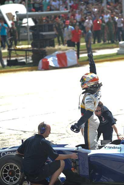 Con Maldonado, Venezuela regresa a la F1 despues de 30 años de ausencia.