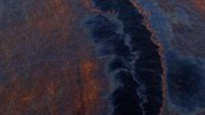 Crudo vertido en el golfo de México amenaza las costas de Louisiana 1a7a...