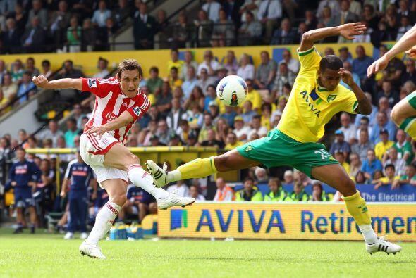 Eso sí, el Norwich lo da todo en el campo con tal de mantenerse en la Pr...