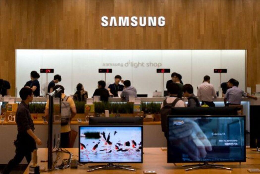 2. Samsung. Enredada en una pelea con Apple por la supremacía en el merc...