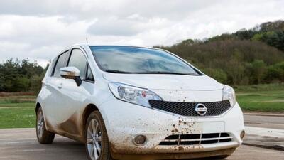 Nissan desarrolla una pintura repelente al agua.