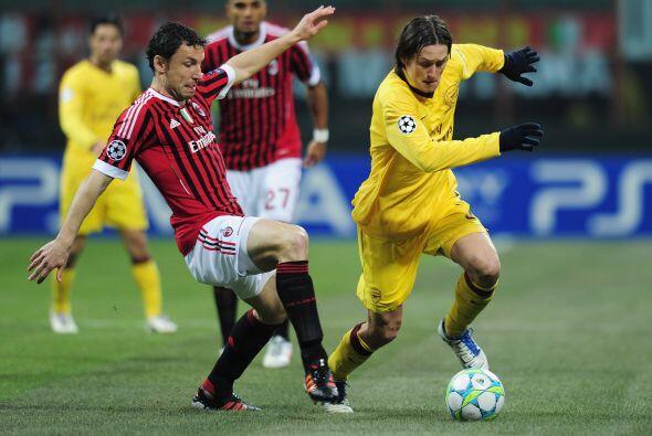 Los 'rossoneri' tenían la localía de un estadio plet&oacut...