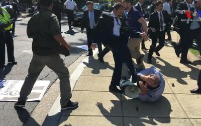 Manifestantes antiErdogan fueron agredidos por la seguridad del presiden...