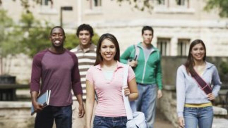 """""""Ventanilla de Educación"""" se dirige a la numerosa comunidad hispana de l..."""