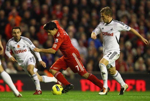 El uruguayo Luis Suárez se quedó con las ganas de marcar y...