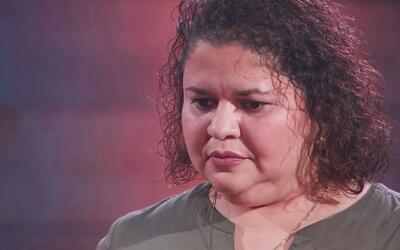 Olivia Calderón olvidó la letra de su canción y Lluvia Vega lo ve como u...