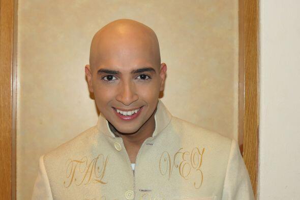 José en backstage, listo para el show.