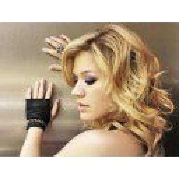 "Best Pop Vocal Album- ""Stronger""-> Kelly Clarkson."