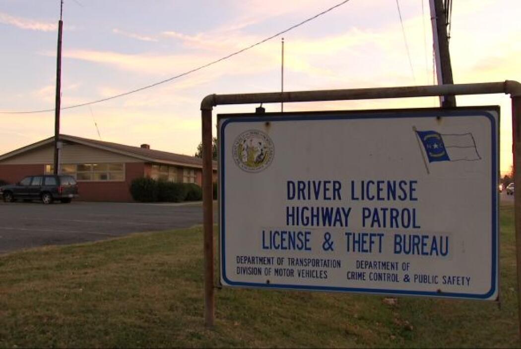 El Departamento de Vehículos de Carolina del Norte lleva 5 meses investi...