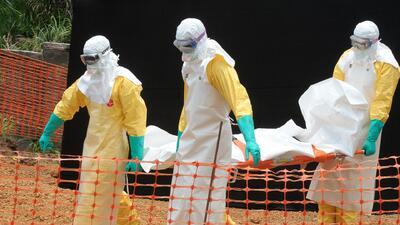 Un camarógrafo de EEUU contrae ébola en Liberia