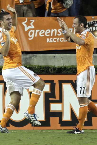 Con un festejo muy peculiar el Houston Dynamo celebró su victoria...