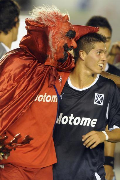Independiente de Argentina, representado por el ´Diablo´ que volvió al t...