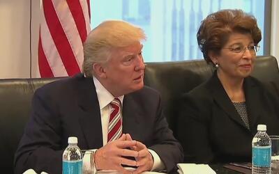 ¿Estará cambiando Donald Trump su política sobre las deportaciones para...