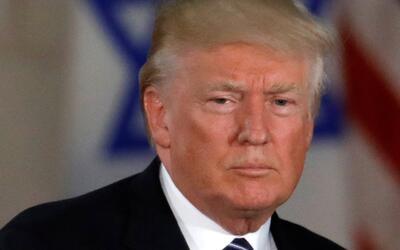 Exdirector de la CIA dice que la campaña de Trump tenía suficientes cont...