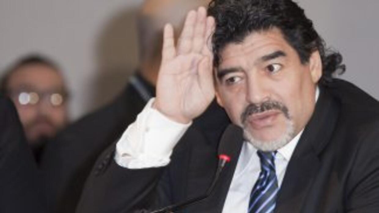 Ahora Maradona se declara católico fervoroso.