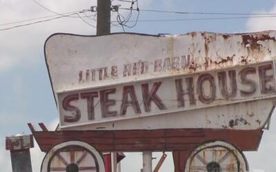 Mesero de un restaurante en San Antonio abrió fuego contra los comensales