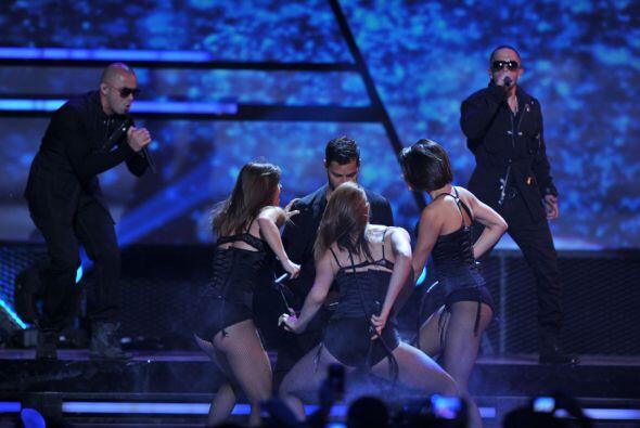 Durante su gira, que ha resultado un éxito total, el cantante ha...