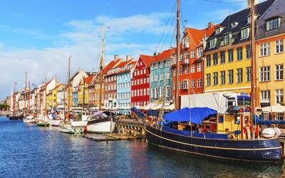 Copenhague, la capital de Dinamarca, en todo su esplendor.
