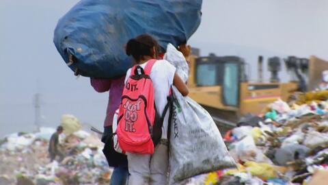 Trabajo infantil y pagos de miseria en reciclaje para la gran industria...