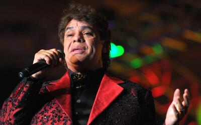 La tecnología permite a artistas cantar a dueto con el fallecido Juan Ga...