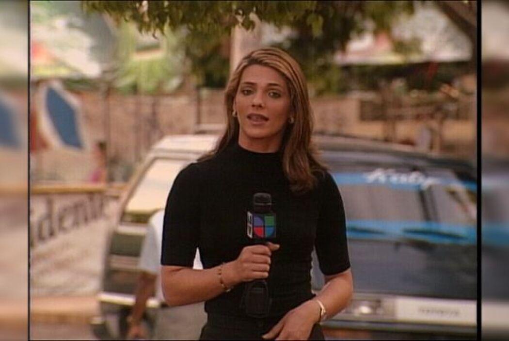 Bárbara inicio en Primer Impacto en el 2002 como reportera.