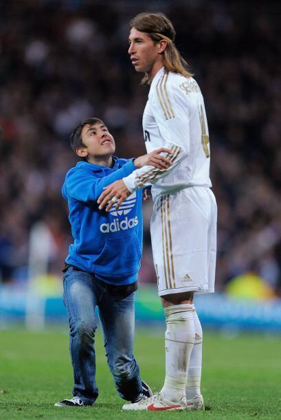 Parece que Sergio Ramos no tiene mucha paciencia con los niños, a este n...