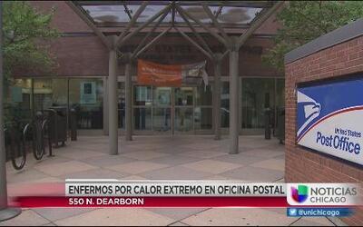 13 empleados de la oficina postal de River North son hospitalizados por...