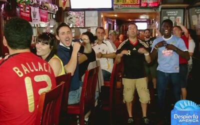 ¿Cómo viven los fanáticos los momentos previos antes del partido de EEUU?